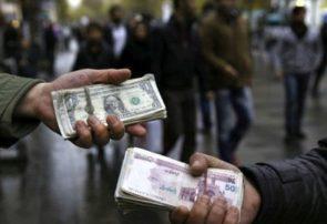 عرضههای سنگین بدون خریدار سقوط آزاد قیمت دلار در راه است؟ / بازاریها: مردم فروشنده شدند