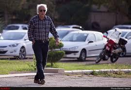 نزدیک بود نصرالله عبداللهی دو بازیکن استقلال را بزند!