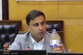نماینده چابهار : این آب را به رئیسجمهور بدهید بخورد! +فیلم